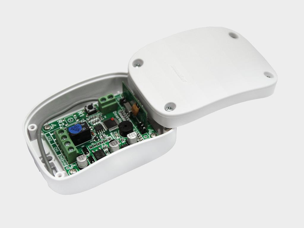 <p>Внешний радиоприемник DHRE-1 для управления автоматикой других производителей с помощью пульта DoorHan</p>
