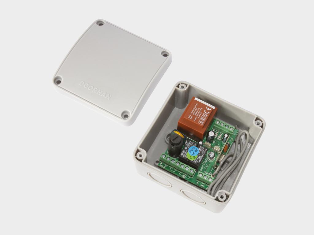 <p>Блок управления CV01 для осуществления возможности дистанционного управления одной роллетой или группой роллет</p>