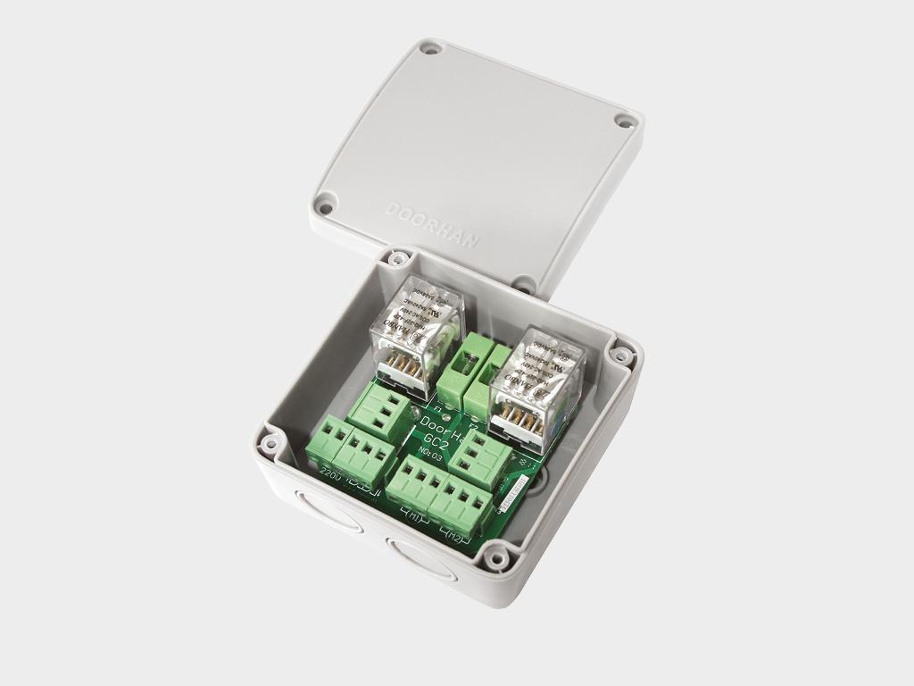 <p>Блок группового управления GC2/GC4. GC2 для управления двумя приводами с одного выключателя; блок GC4 — для управления четырьмя приводами</p>