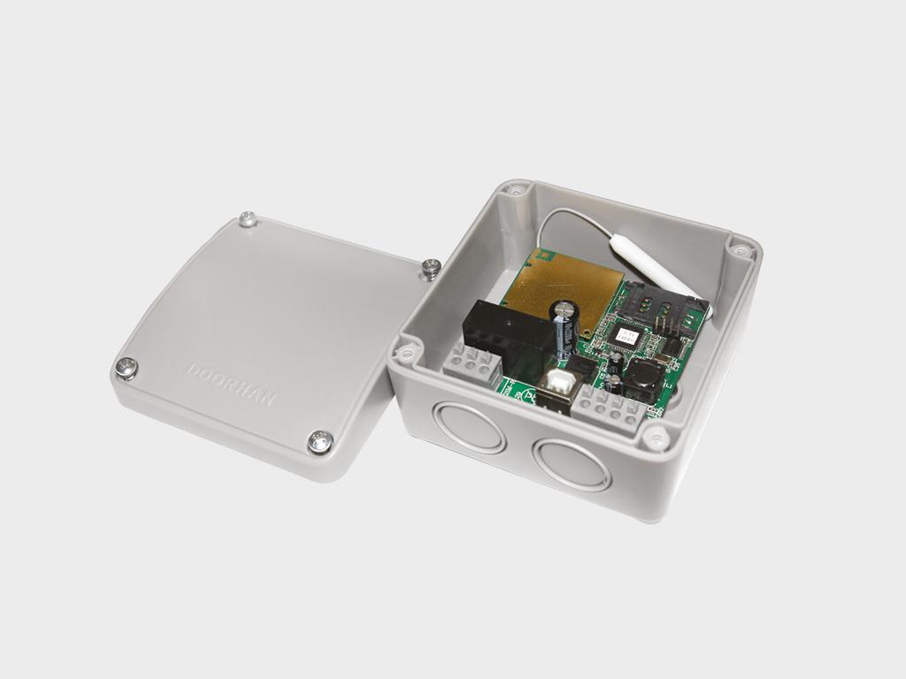 <p>Модуль для управления с мобильного телефона</p>