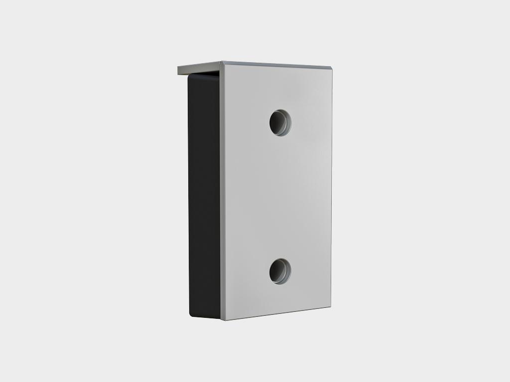 <p>Артикул «BRSP(16)465х250х165». Построен на базе бампера 450 x 250 x 100 мм. Бампер 465х250х165мм (внешние размеры) со стальной рабочей накладкой толщиной 16мм. Состоит из амортизирующего по всей поверхности наполнителя (резинового бампера 450x250x100мм), закрытого прочной внешней стальной пластиной. Защитная накладка на бампер служит для увеличения продолжительности срока эксплуатации и защиты бампера резинового от повреждений при парковке автомобиля и погрузочно-разгрузочных работах. Данная деталь подвержена быстрому естественному износу и не подлежит гарантийной замене вследствие рабочего износа и деформации. Установочные размеры смотрите в разделе «Чертежи».</p>