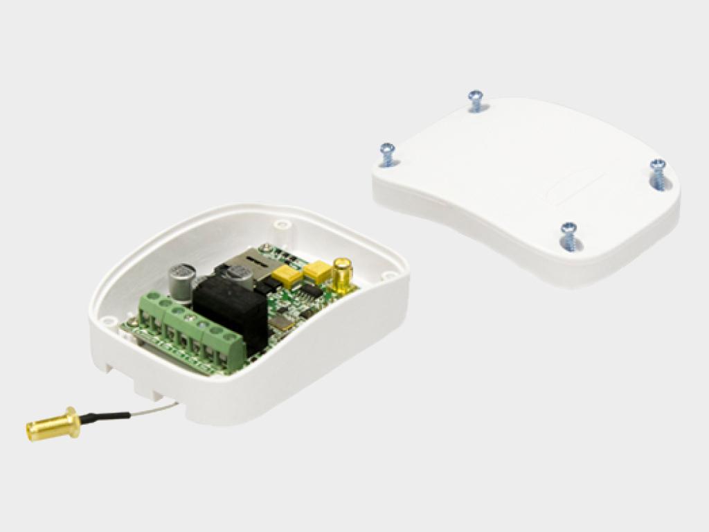<p>GSM-модуль для приема сигнaлa с мобильного телефонa и передaчи управляющей комaнды для запускa электропривода или шлагбаума</p>